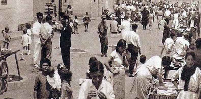 Imagen de las calles de Barcelona al comienzo de la II República.
